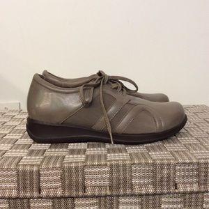 SoftWalk Shoes - Soft Walk Shoe